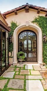 Home Interior Arch Designs by Best 25 Tuscan Style Homes Ideas On Pinterest Mediterranean