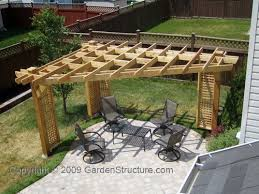 How To Build A Pergola Roof by Best 20 Corner Pergola Ideas On Pinterest Corner Patio Ideas