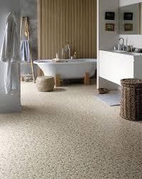 kieselsteine im bad kieselsteinboden im bad so gelingt der natürliche spa look