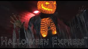 scarecrow halloween decorations scorched scarecrow without fog props u0026 decorations youtube