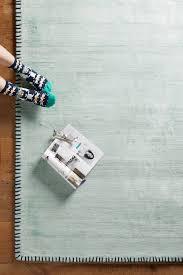 Rugs For Dark Floors 15 Best Rugs For Your Dark Wood Floors