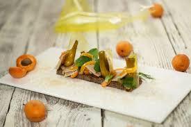 atelier de cuisine en gascogne toast de seigle et pâtes d amande foie gras côtes de gascogne