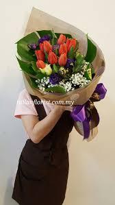 florist ta 749 best arranjos florais tulipas images on flower