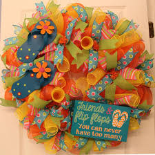 mesh wreaths how to make a mesh wreath 30 diys with guide patterns