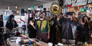 Npr Small Desk The Roots And Bilal Play Npr Tiny Desk Concert Pitchfork