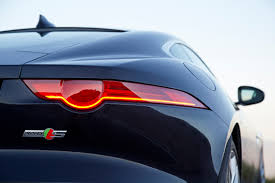 jaguar cars 2016 2016 jaguar f type awd gets sharper claws and an old fashion stick