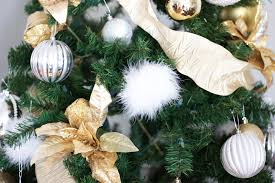 diy faux feather pom pom ornaments melrod style