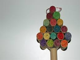6 simple recycled ornaments you can make with your