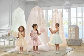 Pottery Barn Kids Chandelier by Monique Lhuillier And Pottery Barn Kids Collaborate On Home Decor
