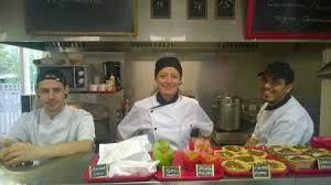 emploi chef de cuisine bordeaux l atelier de cuisine nomade un tremplin vers l emploi