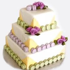 spring wedding cake idea weddingbee