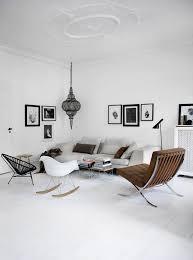 chaise cass e maison meubles scandinaves interieur minimaliste canape blanc casse