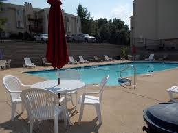 Table Three Wildwood Mo Sandalwood Creek Condominiums Rentals Wildwood Mo Apartments Com