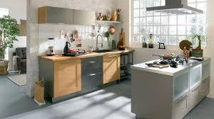 cuisine bi couleur meuble de cuisine modele cuisine equipee en chene cbel cuisines