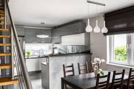 amenager cuisine ouverte comment aménager une cuisine ouverte maisons création