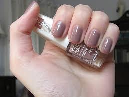 light brown nail polish danni and chels notd isadora bare fudge