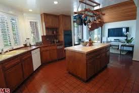 Dark Espresso Kitchen Cabinets by Brown Kitchen Appliances Dark Oak Kitchen Cabinets Dark Brown