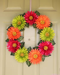 Spring Wreath Ideas Love The Gerber Daisy Wreath So Cute And Done For Very Little
