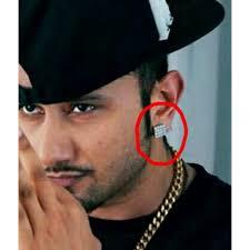 honey singh earrings buy priyans honey singh inspired 16 stud earrings for men
