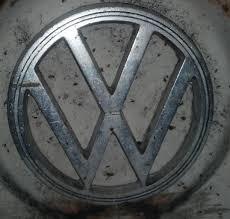 vw logos volkswagen tattoos residuals mandelaeffect