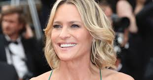 house of cards robin wright hairstyle robin wright on directing short film and how the house of cards