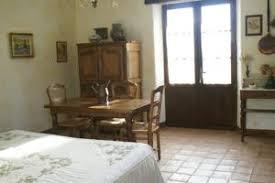chambre d hote venasque chambre d hotes la chênaie chambres d hôtes à venasque dans le