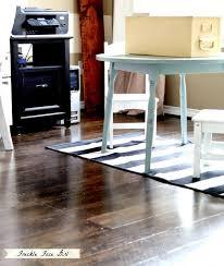 remodelaholic faux wood plank floors brown paper