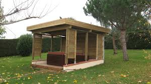 auvent en bois pour terrasse charpentes traditionnelles au sur mesure