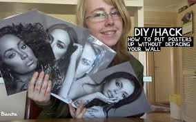 hang paintings without damaging walls diy hack how to put posters up without defacing your wall youtube