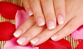 5 natural ways to strengthen weak nails