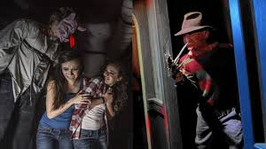theme park scares halloween horror nights vs howl o scream