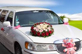 reasons for booking wedding transportation early easy weddings