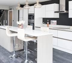 renover sa cuisine en bois 1001 conseils et idées de relooking cuisine à petit prix
