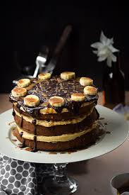 chocolate chip banoffee cake with caramel buttercream gringalicious