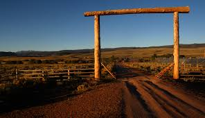 a day at the ranch bates magazine bates college sun rises over the laramie river dude ranch of bill burleigh 86 and family