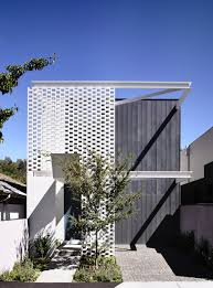 narrow house design cleverly adapted to its site in melbourne