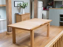 Light Oak Dining Table The Advantages For Choosing Oak Dining - Light oak kitchen table