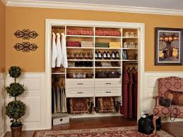 petit dressing chambre faire un dressing petit espace dans chambre ideeco