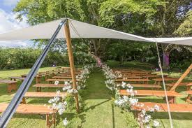 flower inspiration for your outdoor wedding big chief tipis