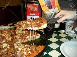 56545315455453354685 pizza hut usa