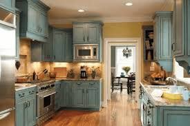 how to paint kitchen cabinets with chalk paint how to paint kitchen cabinets with chalk paint to look antique