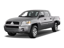 mitsubishi pickup 2005 mitsubishi raider reviews research new u0026 used models motor trend