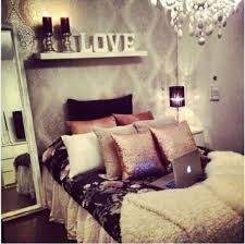 awesome teenage girl bedroom with different pillow covers and awesome teenage girl bedroom with different pillow covers and wallpaper with open shelf and floor mirror