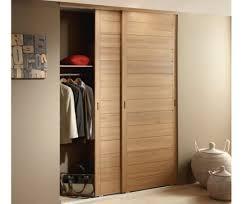 porte placard chambre porte coulissante placard bois chambre des portes de coulissantes