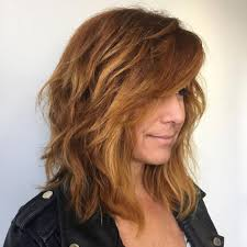 shoulder length layered haircuts for curly hair top 27 shoulder length hairstyles to try in 2017