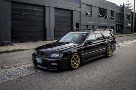 skyline wagon find of the week 1998 nissan stagea rs260 autotrader ca