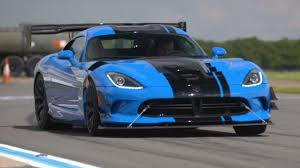 Dodge Viper V12 - chris harris drives the 645bhp dodge viper acr top gear