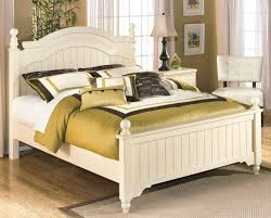 Cottage Style Furniture by White Queen Size Poster Bed Furniture Stores Chicago