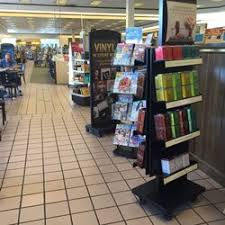 Barnes And Noble Phone Number Barnes U0026 Noble Booksellers 13 Reviews Bookstores 5400 New