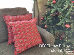 diy throw pillows tutorial using cloth napkins
